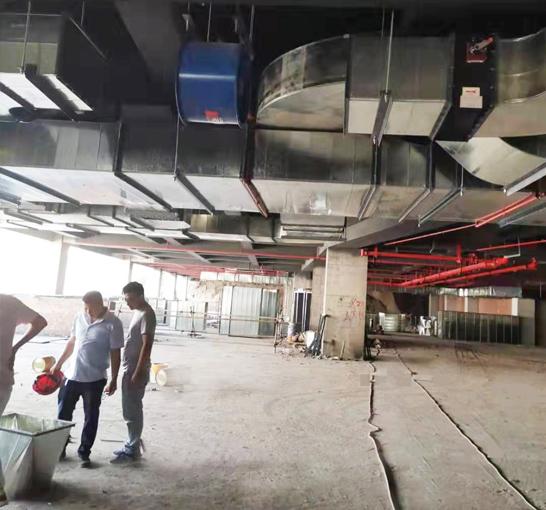 重庆五里店公交枢纽站