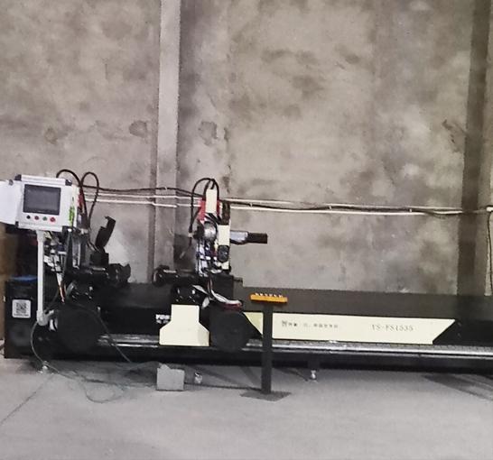 法兰全自动智能焊机